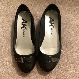 Anne Klein Sport Flats Black sz 7 Patent Leather
